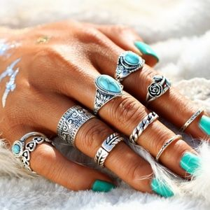 Jewelry - 10 piece ring set